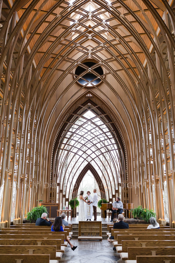 Gorgeous glass chapel in Northwest Arkansas by Erika Dotson Photography